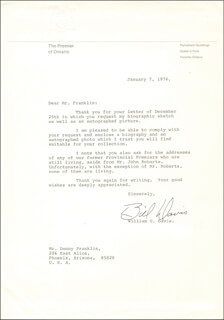 Autographs: PREMIER WILLIAM DAVIS (CANADA) - TYPED LETTER SIGNED 01/07/1976