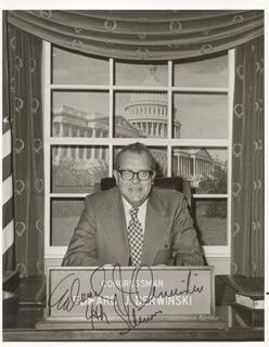 Autographs: EDWARD J. DERWINSKI - PHOTOGRAPH SIGNED
