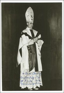 Autographs: LEO ARCHBISHOP BINZ - PHOTOGRAPH SIGNED