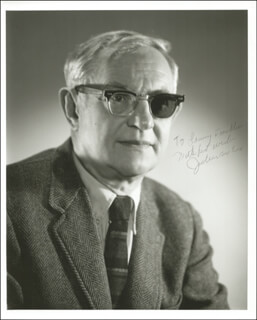 Autographs: JULIUS AXELROD - INSCRIBED PHOTOGRAPH SIGNED
