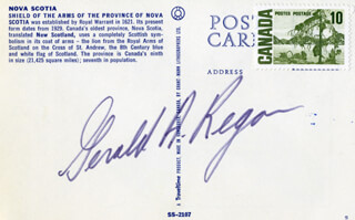 Autographs: PREMIER GERALD A. REGAN (CANADA) - PICTURE POST CARD SIGNED