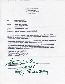 HENRY THE FONZ WINKLER - DOCUMENT SIGNED 11/17/1995