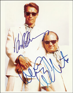 TWINS MOVIE CAST - AUTOGRAPHED SIGNED PHOTOGRAPH CO-SIGNED BY: DANNY DEVITO, ARNOLD SCHWARZENEGGER