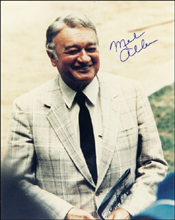 Autographs: MEL ALLEN - PHOTOGRAPH SIGNED