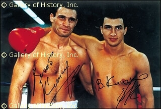 Autographs: VITALI DR. IRON FIST KLITSCHKO - PHOTOGRAPH SIGNED CO-SIGNED BY: WLADIMIR KLITSCHKO