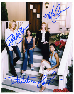 DESPERATE HOUSEWIVES TV CAST - AUTOGRAPHED SIGNED PHOTOGRAPH CO-SIGNED BY: TERI HATCHER, EVA LONGORIA, MARCIA CROSS, FELICITY HUFFMAN