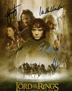 LORD OF THE RINGS MOVIE CAST - AUTOGRAPHED SIGNED PHOTOGRAPH CO-SIGNED BY: LIV TYLER, IAN MCKELLEN, ELIJAH WOOD, VIGGO MORTENSEN, SEAN ASTIN, ORLANDO BLOOM