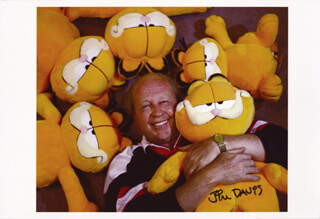 JIM DAVIS - AUTOGRAPHED SIGNED PHOTOGRAPH