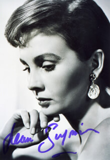JEAN SIMMONS - AUTOGRAPHED SIGNED PHOTOGRAPH