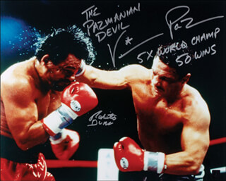 ROBERTO HANDS OF STONE DURAN - AUTOGRAPHED SIGNED PHOTOGRAPH CO-SIGNED BY: VINNY PAZMANIAN DEVIL, VINNY PAZ PAZIENZA