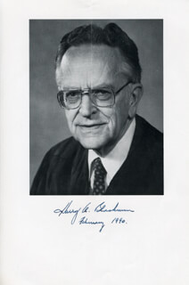 Autographs: ASSOCIATE JUSTICE HARRY A. BLACKMUN - BOOK PHOTOGRAPH SIGNED 2/1990