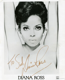 DIANA ROSS - AUTOGRAPHED INSCRIBED PHOTOGRAPH