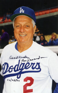 TOM LASORDA - AUTOGRAPHED SIGNED PHOTOGRAPH 12/28/1984