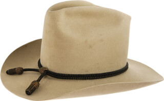 JOHN DUKE WAYNE - HAT UNSIGNED