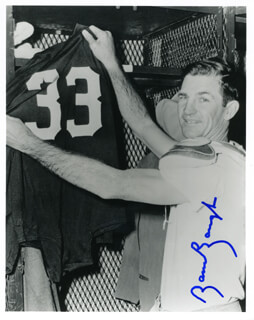 Autographs: SAMMY BAUGH - PHOTOGRAPH SIGNED