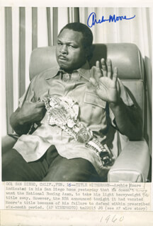 ARCHIE MOORE - AUTOGRAPHED SIGNED PHOTOGRAPH CIRCA 1960