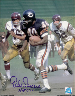 GALE SAYERS - AUTOGRAPHED SIGNED PHOTOGRAPH
