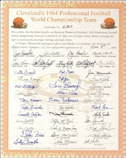 Autographs: CLEVELAND BROWNS - DOCUMENT SIGNED 06/04/2005 CO-SIGNED BY: JIM BROWN, DALE E. MEMMELAAR, LEROY KELLY, FRANK RYAN, GALEN FISS, MIKE LUCCI, JIM HOUSTON, JIM KANICKI, MONTE CLARK, PAUL WARFIELD, DICK SCHAFRATH, GARY COLLINS, WALTER BEACH, LARRY BENZ, ED BETTRIDGE, JOHN BREWER, JOHN BROWN, MIKE BUNDRA, LOWELL CAYLOR, VINCE COSTELLO, ROSS FICHTNER, BOB GAIN, BILL GLASS, TOM GOOSBY, ERNIE GREEN, GENE HICKERSON, TOM HUTCHINSON, CLIFTON McNEIL, DICK MODZELEWSKI, JOHN MORROW, JIM NINOWSKI, FRANK PARKER, BERNIE PARRISH, DAVID RAIMEY, WALT ROBERTS, CHARLES SCALES, STAN SCZUREK, ROGER SHOALS, PAUL WIGGIN, SID WILLIAMS, JOHN WOOTEN, BOBBY FRANKLIN
