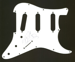 LIZA MINNELLI - PICK GUARD SIGNED