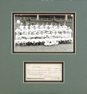 Autographs: JACKIE ROBINSON - COLLECTION WITH RACHEL (MRS. JACKIE) ROBINSON, THE BROOKLYN DODGERS