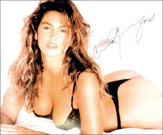 Autographs: CINDY CRAWFORD - POSTER SIGNED