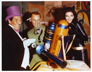 LEE MERIWETHER - AUTOGRAPHED SIGNED PHOTOGRAPH