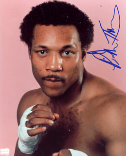 PINKLON THOMAS - AUTOGRAPHED SIGNED PHOTOGRAPH
