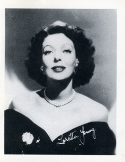 LORETTA YOUNG - PHOTOGRAPH UNSIGNED
