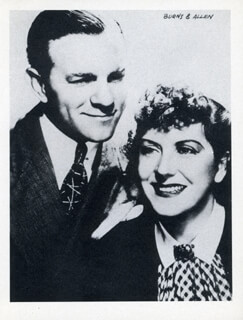 GEORGE BURNS - PHOTOGRAPH UNSIGNED WITH GRACIE ALLEN