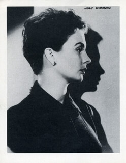 JEAN SIMMONS - PHOTOGRAPH UNSIGNED