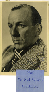 SIR NOEL COWARD - AUTOGRAPHED SIGNED PHOTOGRAPH 1943  - HFSID 276856