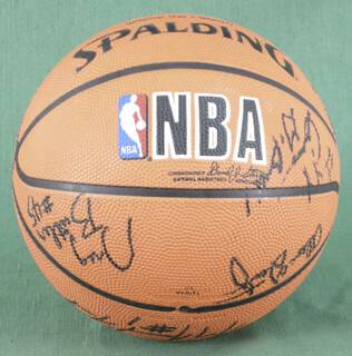 THE LOS ANGELES CLIPPERS - BASKETBALL SIGNED CIRCA 1990 CO-SIGNED BY: BENOIT BENJAMIN, GREG BUTLER, TOM GARRICK, GARY THE GENERAL GRANT, BO KIMBLE, DANNY MANNING, KEN NORMAN