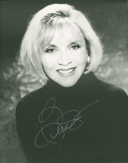 BEVERLY GARLAND - AUTOGRAPHED SIGNED PHOTOGRAPH
