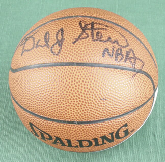 Autographs: DAVID STERN - BASKETBALL SIGNED