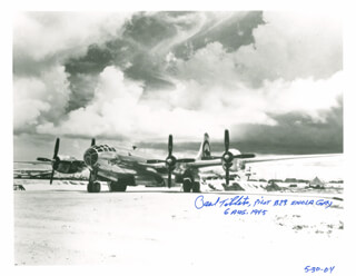 Autographs: ENOLA GAY CREW (PAUL W. TIBBETS) - PHOTOGRAPH SIGNED 05/30/2004