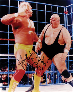 Autographs: HULK HOGAN - PHOTOGRAPH SIGNED CO-SIGNED BY: KING KONG BUNDY