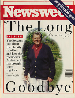 Autographs: PRESIDENT RONALD REAGAN - MAGAZINE COVER SIGNED