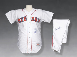 WADE BOGGS - UNIFORM (GAME USED)