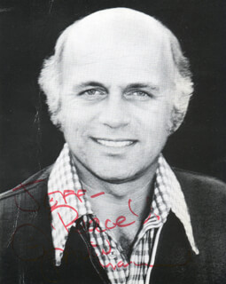GAVIN MacLEOD - AUTOGRAPHED SIGNED PHOTOGRAPH