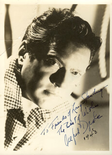ALFRED DRAKE - AUTOGRAPHED INSCRIBED PHOTOGRAPH 1948