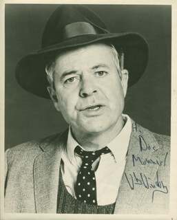 WILLIAM WINDOM - AUTOGRAPHED INSCRIBED PHOTOGRAPH