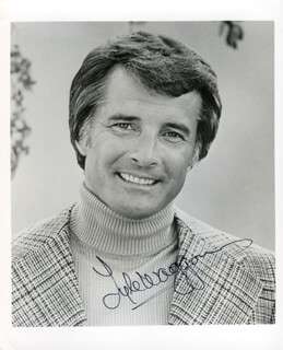 LYLE WAGGONER - AUTOGRAPHED SIGNED PHOTOGRAPH