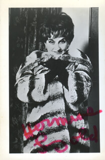 HERMIONE GINGOLD - POST CARD SIGNED