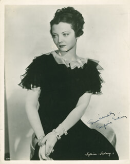 SYLVIA SIDNEY - AUTOGRAPHED SIGNED PHOTOGRAPH