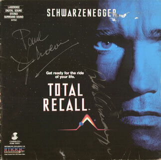 TOTAL RECALL MOVIE CAST - LASER MEDIA COVER SIGNED CO-SIGNED BY: ARNOLD SCHWARZENEGGER, PAUL VERHOEVEN