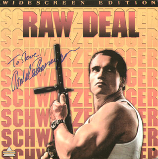 ARNOLD SCHWARZENEGGER - LASER MEDIA COVER SIGNED