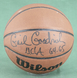 GAIL GOODRICH - BASKETBALL SIGNED