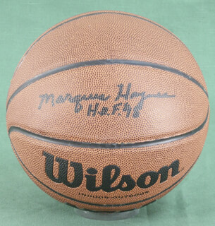 Autographs: MARQUES HAYNES - BASKETBALL SIGNED