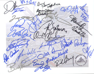 PETE SEEGER - AUTOGRAPHED SIGNED PHOTOGRAPH CO-SIGNED BY: THE SUPREMES (MARY WILSON), MARTHA REEVES & THE VANDELLAS (MARTHA REEVES), THE BEACH BOYS (MIKE LOVE), THE GRATEFUL DEAD (DONNA GODCHAUX), THE TEMPTATIONS (DENNIS EDWARDS), CREEDENCE CLEARWATER REVIVAL (DOUGLAS RAY CLIFFORD), JEFFERSON AIRPLANE (MARTY BALIN), JEFFERSON AIRPLANE (PAUL KANTNER), GLADYS KNIGHT & THE PIPS (BUBBA KNIGHT), LYNYRD SKYNYRD (ARTIMUS PYLE), GRATEFUL DEAD (TOM CONSTANTEN), RICHIE FURAY, ISLEY BROTHERS (ERNIE ISLEY), YARDBIRDS (CHRIS DREJA), SLY AND THE FAMILY STONE (CYNTHIA ROBINSON), SLY AND THE FAMILY STONE (JERRY MARTINI), YOUNG RASCALS (FELIX CAVALIERE), LYNYRD SKYNYRD (BILLY POWELL), CLASH (PAUL SIMONON), THE BYRDS (CHRIS HILLMAN), THE RAMONES (TOMMY RAMONE), YARDBYRDS (JIM MCCARTY), THE PRETENDERS (MARTI - HFSID 279536