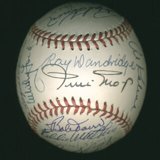 Autographs: HALL OF FAME BASEBALL - BASEBALL SIGNED CO-SIGNED BY: LUKE APPLING, BILLY WILLIAMS, RAY DANDRIDGE, JUAN MARICHAL, ERNIE MR. CUB BANKS, JUDY JOHNSON, BOB FELLER, WHITEY FORD, HOYT (JAMES) WILHELM, LOU BOUDREAU, FRANK ROBINSON, ENOS SLAUGHTER, BOBBY DOERR, RALPH KINER, AL MR. TIGER KALINE, EDDIE MATHEWS, ROBIN ROBERTS